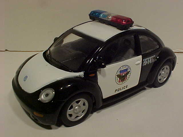 2000 VW New Bug Police