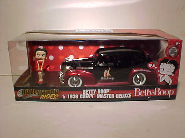 Betty Boop 1939 Chevy Master Deluxe