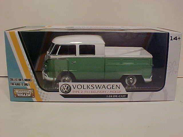VW Bus Type 2 Volkswagen T1 Delivery Van Diecast 1:24 Motormax 8in Blue NO BOX